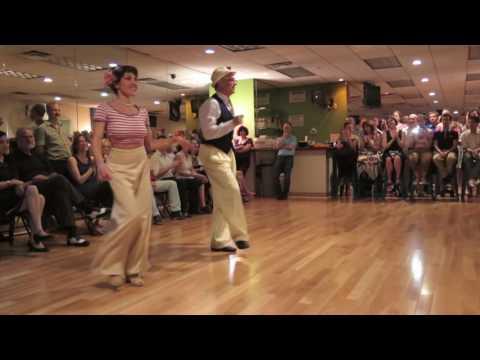 Dancing to Buona