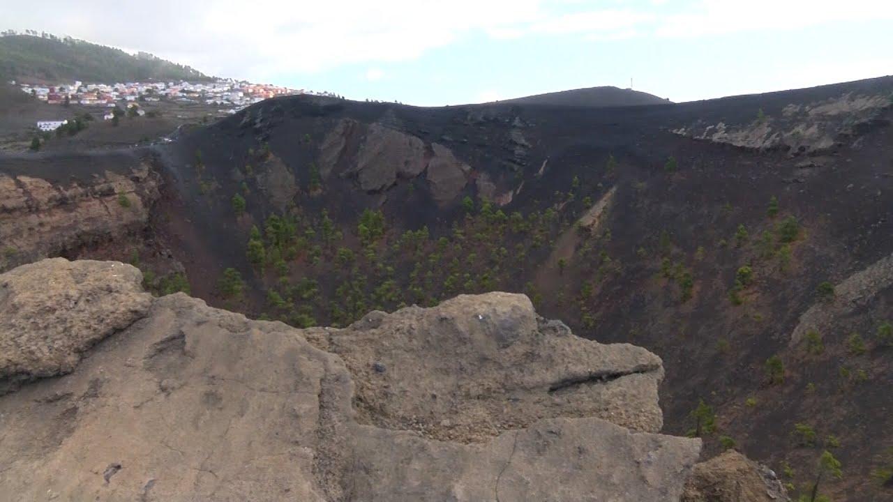 Download Disminuye la sismicidad y la superficie se eleva en el volcán Cumbre Vieja