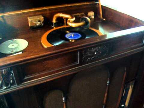 Franklin Rooseveltu0027s Back Again   Bill Cox U0026 Cliff Hobbs   1936 Melotone  Record