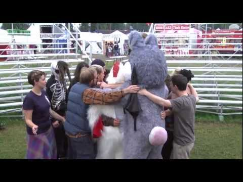 Terror Pigeon Dance Revolt! @ Tanana Valley State Fair 2012 mp3
