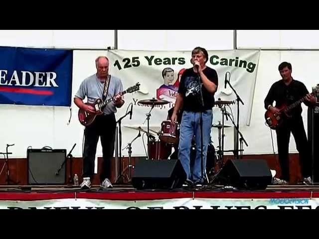 The Installers performing Easy Baby at the Barnful of Blues Festival