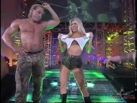 (720pHD): WCW Nitro 07/10/00 - Tygress & Major Gunns Entrances
