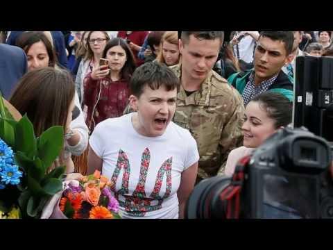 Putin Ukraynalı kadın pilotu affetti
