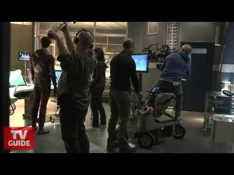 The Flash: Take a tour of S.T.A.R. Labs!