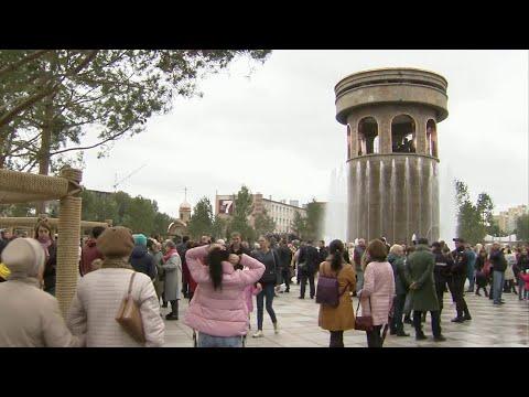 """На месте торгового центра """"Зимняя вишня"""" в Кемерово открыли Парк ангелов."""