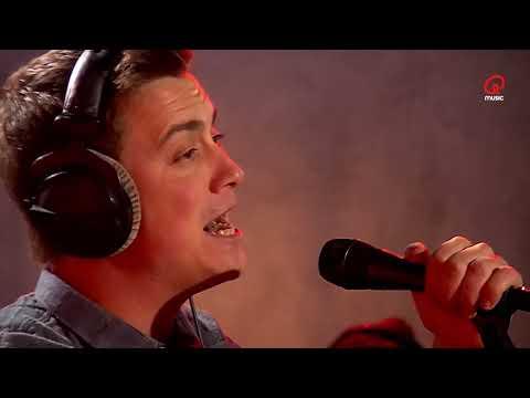 Niels Destadsbader - Verover Mij | Live bij Q