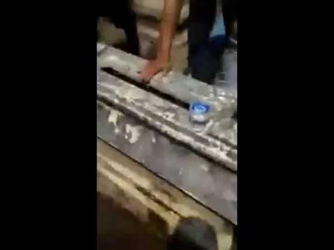 """Rekaman Video """"Kuburan Bergetar"""" Di Tulungagung"""