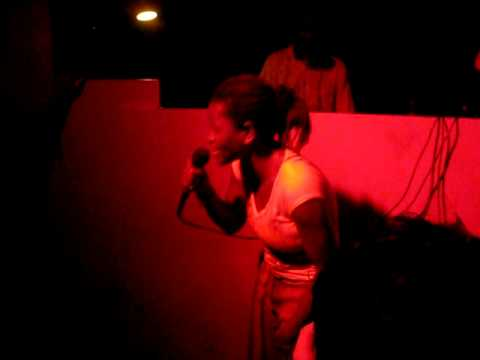 Deize Tigrona - Bandida (Live in Fosfobox)