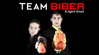 Team Biber vs Evil Chicken | Magicbiber and Friends