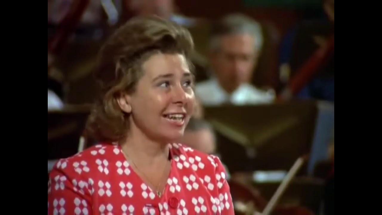 Download Vocalist Disagrees With Bernstein's Tempo