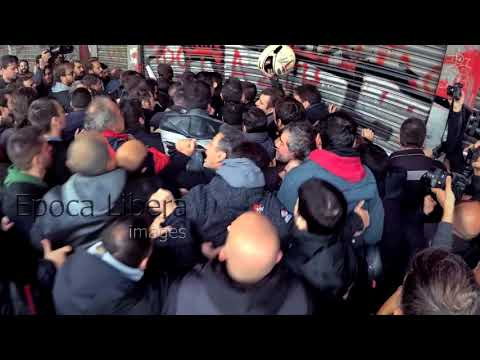 Greek workers storm Labour Ministry in protest of Strike Law change