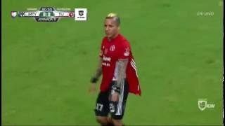 Le Rompen la Playera a Dayro Moreno - Monterrey vs Tijuana