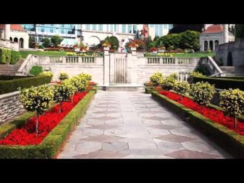 Clifton Hill Niagara Falls Hotels