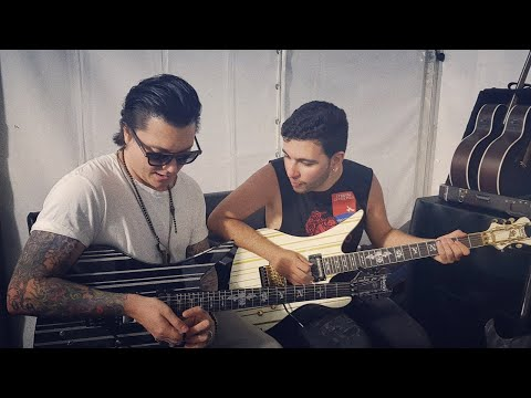 hang-and-jam-with-synyster-gates-+-getting-his-stage-played-guitar