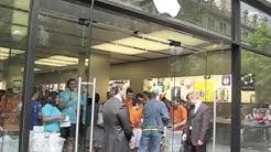 Apple Store Opening ZH Bahnhofstrasse