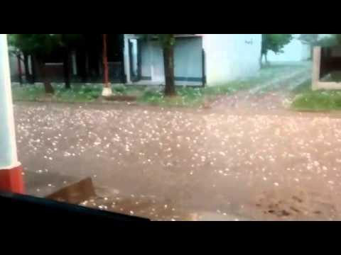 Asisten a familias afectadas por el temporal