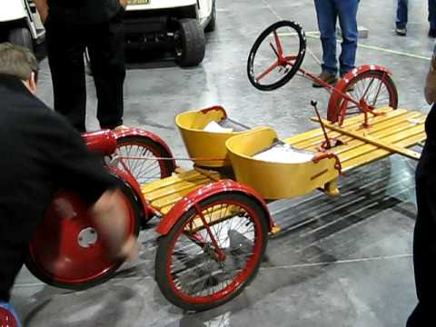 Briggs and Straton car