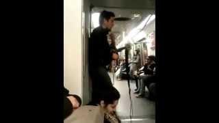 Дебил в метро , смотрим до конца ))(кому не трудно кликни лайк) спасибо)))