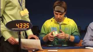 Максим Чечнев поставил новый рекорд по 3х3 вслепую