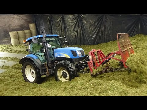 Cumbrian Silage - On the Pit Buckraking with New Holland T6030 - Silage 2019