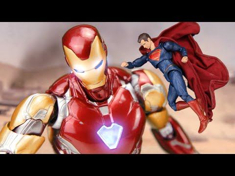 Figure SuperMan vs Giant IRON MAN & Infinity Stones Leak