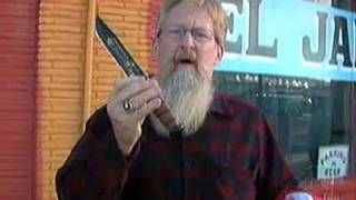 US Veteran Cuts Down Mexican and American Flags with knife in front of TV Crew