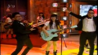 @OfficialJKT48 @AKB48 - #Aitakatta (@JuwitaBand Cover) Onair at @TheComment _NET 13 Juni 2013