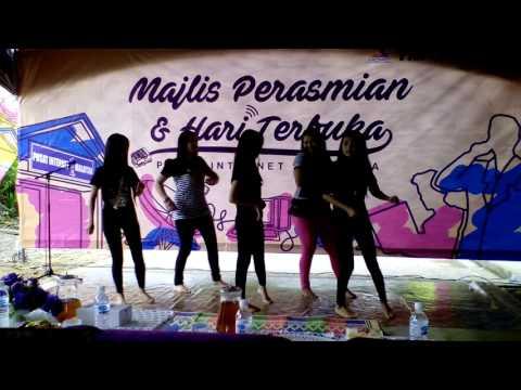 Lenggok Mia for the Majlis Perasmian Hari Terbuka_ the mocha plus team Rumah Mohmat