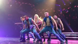 Britney Spears - Gimme More (Live 01 FEB 2017)