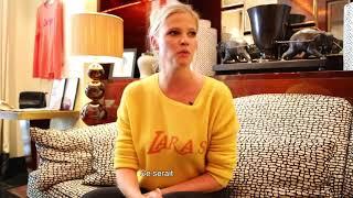 Une minute mode avec Lara Stone