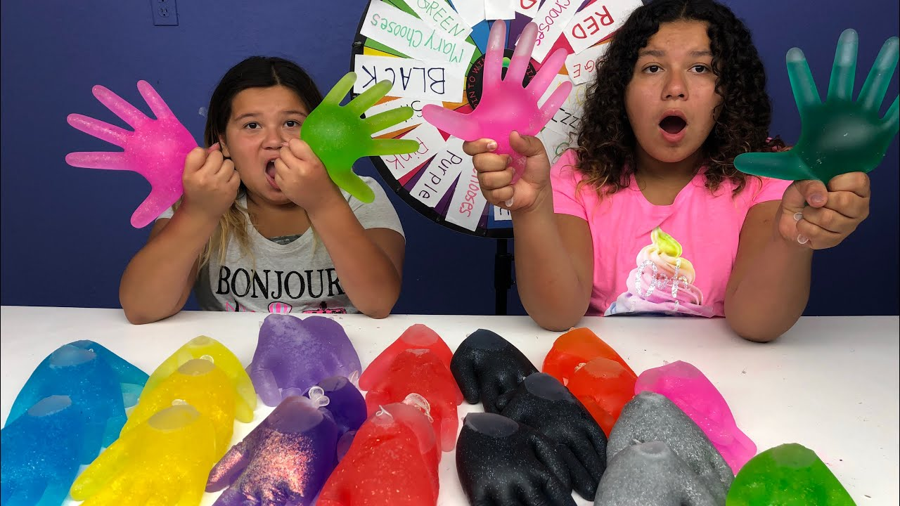 Slime Master Mary And Izzy: Mystery Wheel Of Slime Gloves Challenge