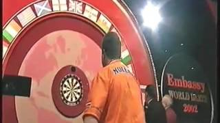 Mervyn King hits a 170 Checkout in a Holland darts shirt