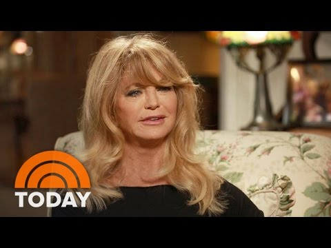 Goldie Hawn: 'Mindfulness Is Being In The Moment'   TODAY
