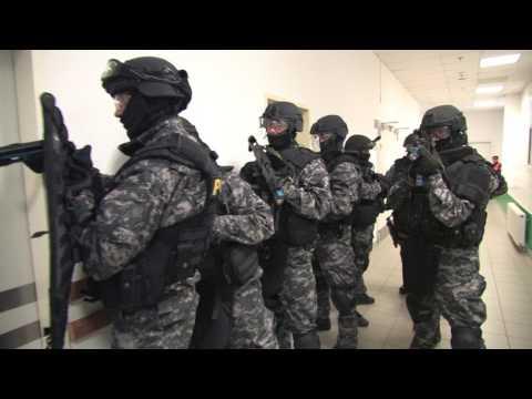 Ukázka cvičení Policie ČR v OC Olympia