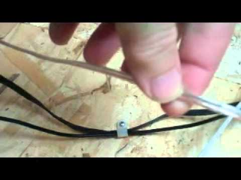 Connecting feed wires to Lionel track - YouTube
