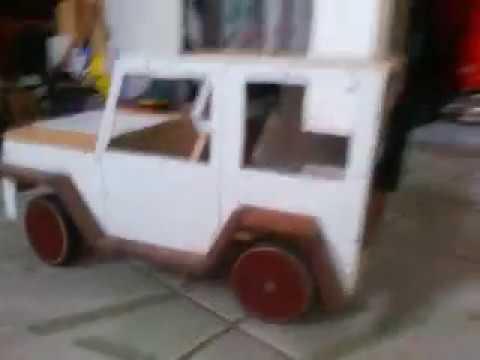Miniatura de jeep 1