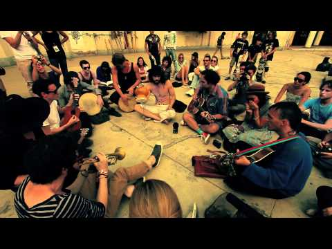 Edward Sharpe & The Magnetic Zeros - Wash Out in the Rain - Mexico City