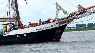 3 Mast Segler  Fridtjof Nansen Begegnung auf der Ostsee in Höhe Grossenbrode Ostseeküste Schleswig