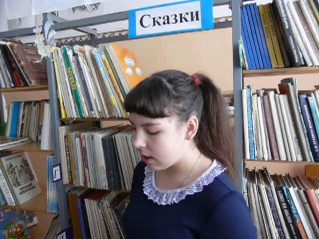 Изображение предпросмотра прочтения – ВикторияБедрина читает произведение «Левый марш» В.В.Маяковского