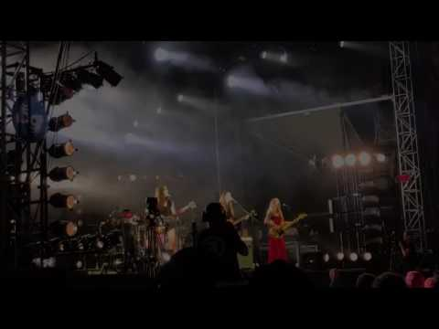 Nothing's Wrong by Haim @ Austin City Limits Festival ACL 2016 on 10/2/16