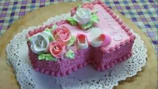 торт для девочки на годик