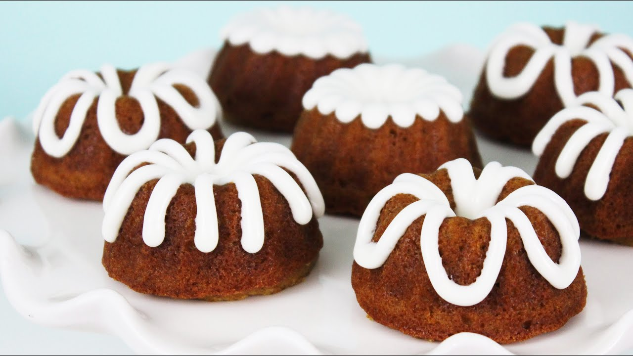 Recipe pumpkin mini bundt cakes
