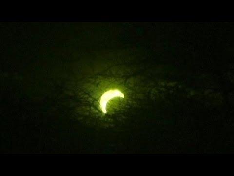 Le soleil avait rendez-vous avec la lune en Afrique