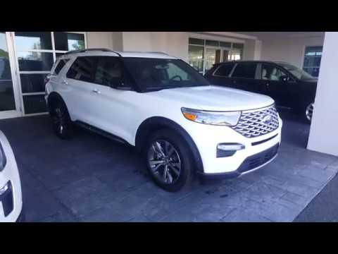 2020 Ford Explorer - FIRST LOOK - 2019 Comparison
