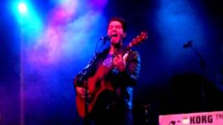Andy Grammer covers 'Apologize' by OneRepublic at XL's XL-lent X-mas party