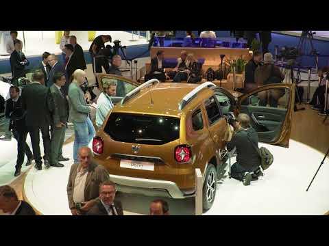 Salonul Auto de la Frankfurt 2017: Doru Czobor și echipa sa îți prezintă Noul Duster