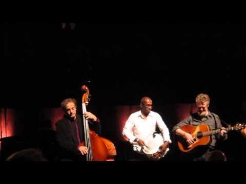 "Glen Hansard and Band Covered Leonard Cohen's ""Passing Through"" at Walt Disney Concert Hall"