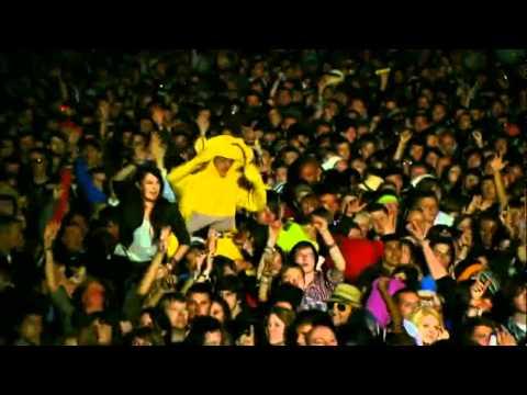 Kings of Leon - Crawl [HD] (Live Reading Festival 2009)