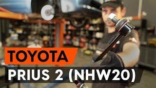 Så byter du fram stabilisatorstag / krängningshämmarstag på TOYOTA PRIUS 2 (NHW20) [AUTODOC-LEKTION]