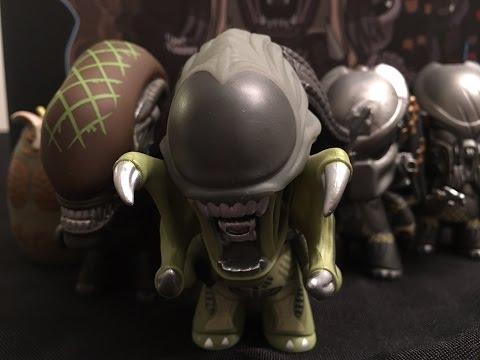 Alien Vs. Predator Whoever Wins Collection Titans Vinyl Full Case Unboxing